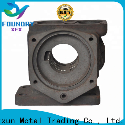 customized cast iron griddle pan working for kitchen